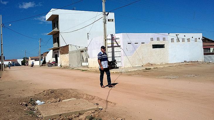 Vereador reivindica melhorias em bairros e conjuntos de Taperoá