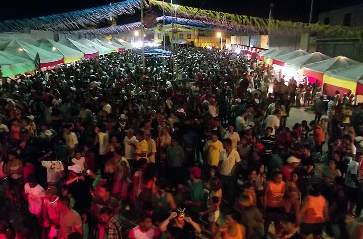 carnavaltaperoa.jpg
