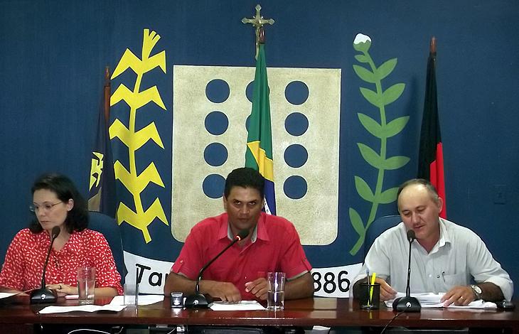 Projeto de Lei que trata do aumento do salário dos professores foi apresentado na Câmara Municipal.