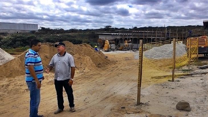 Vice-prefeito e vereador de Taperoá mobilizam políticos em torno da Adutora do Pajeú