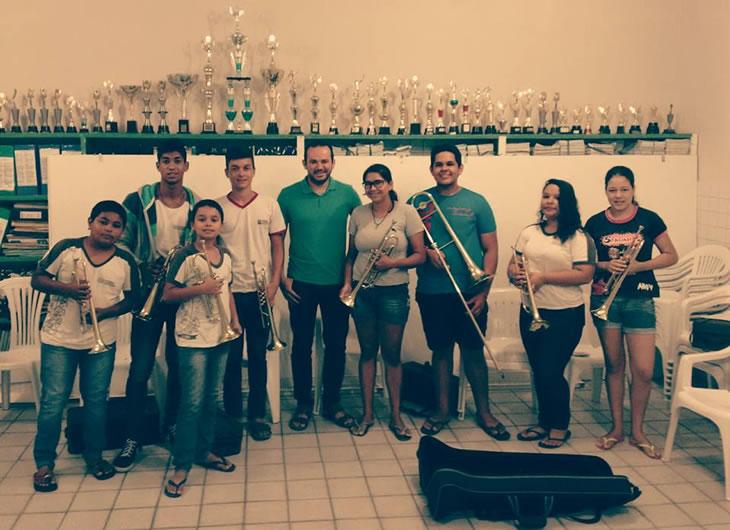 Em Taperoá: Professor de musica fala do projeto implantado na Escola Melquíades Vilar.