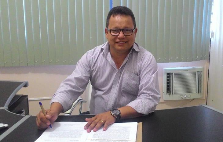 Mensagem de natal e ano novo do prefeito Jurandi Gouveia à população taperoaense.