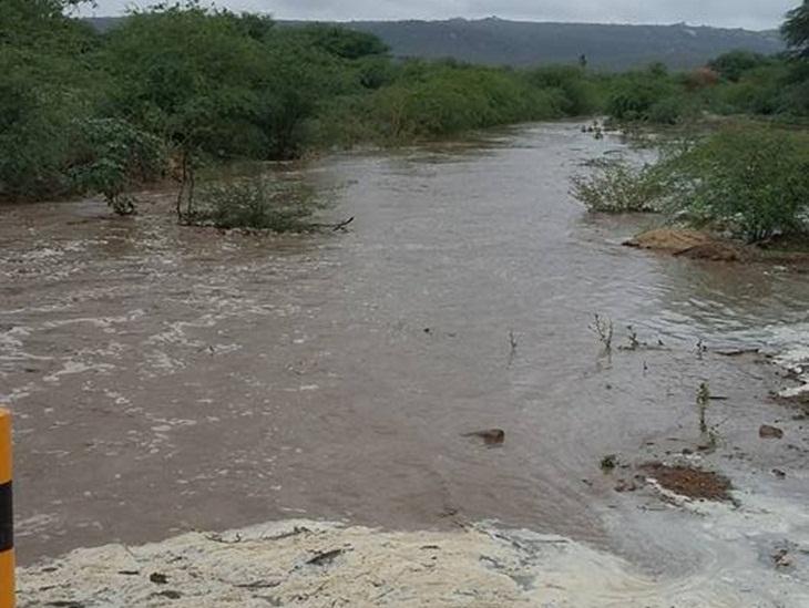 Rio Taperoá recebe as primeiras águas de 2016