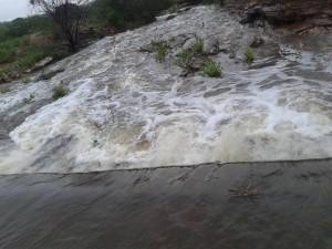 barragemRiachodoCarneiro