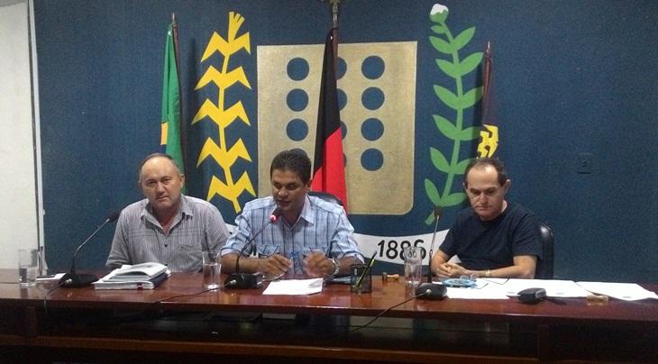 Vereadores de Taperoá debatem sobre situação de hospital e cobram solução