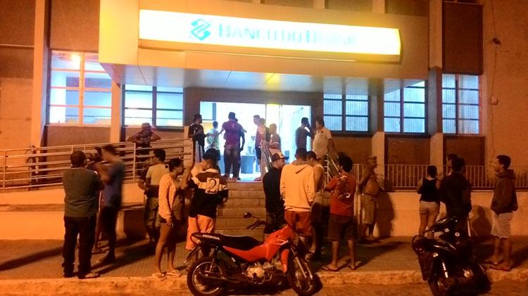 Taperoá: Banco do Brasil é alvo dos bandidos nessa madrugada