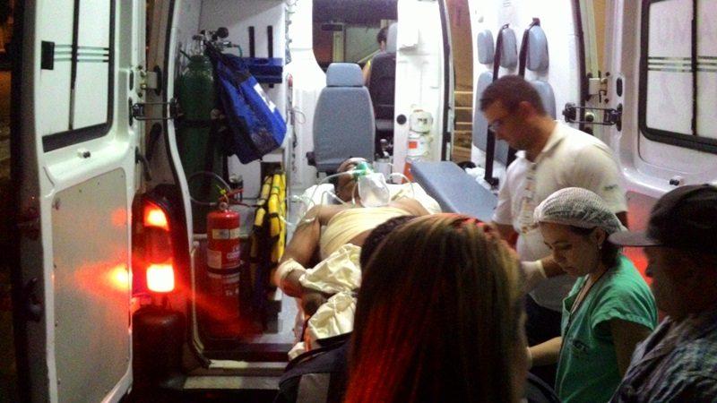 Vigia de posto de combustível é baleado em Taperoá