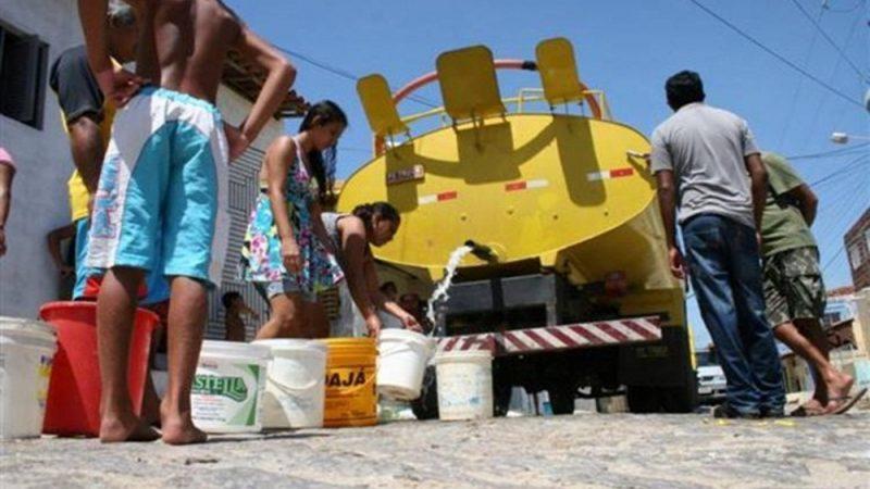 Goveno da Paraíba libera mais dois carros pipas para ajudar no abastecimento de água em Taperoá