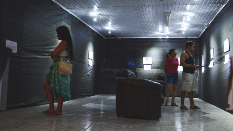 """Exposição """"TAPEROÁ NA PONTA DO LÁPIS"""", homenageia grandes personalidades de nossa cidade"""