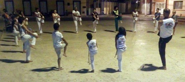 capoeira.jpg