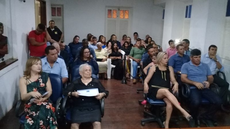 Câmara de Taperoá realizou sessão solene para entrega de títulos de 'Cidadão Taperoaense'